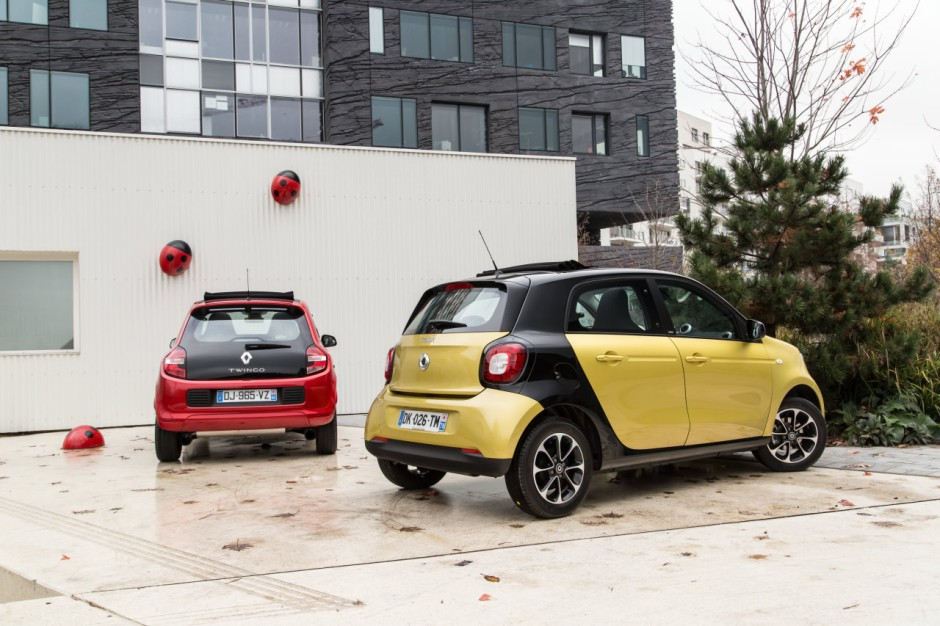 essai comparatif smart forfour ii vs renault twingo iii photo 7 l 39 argus. Black Bedroom Furniture Sets. Home Design Ideas
