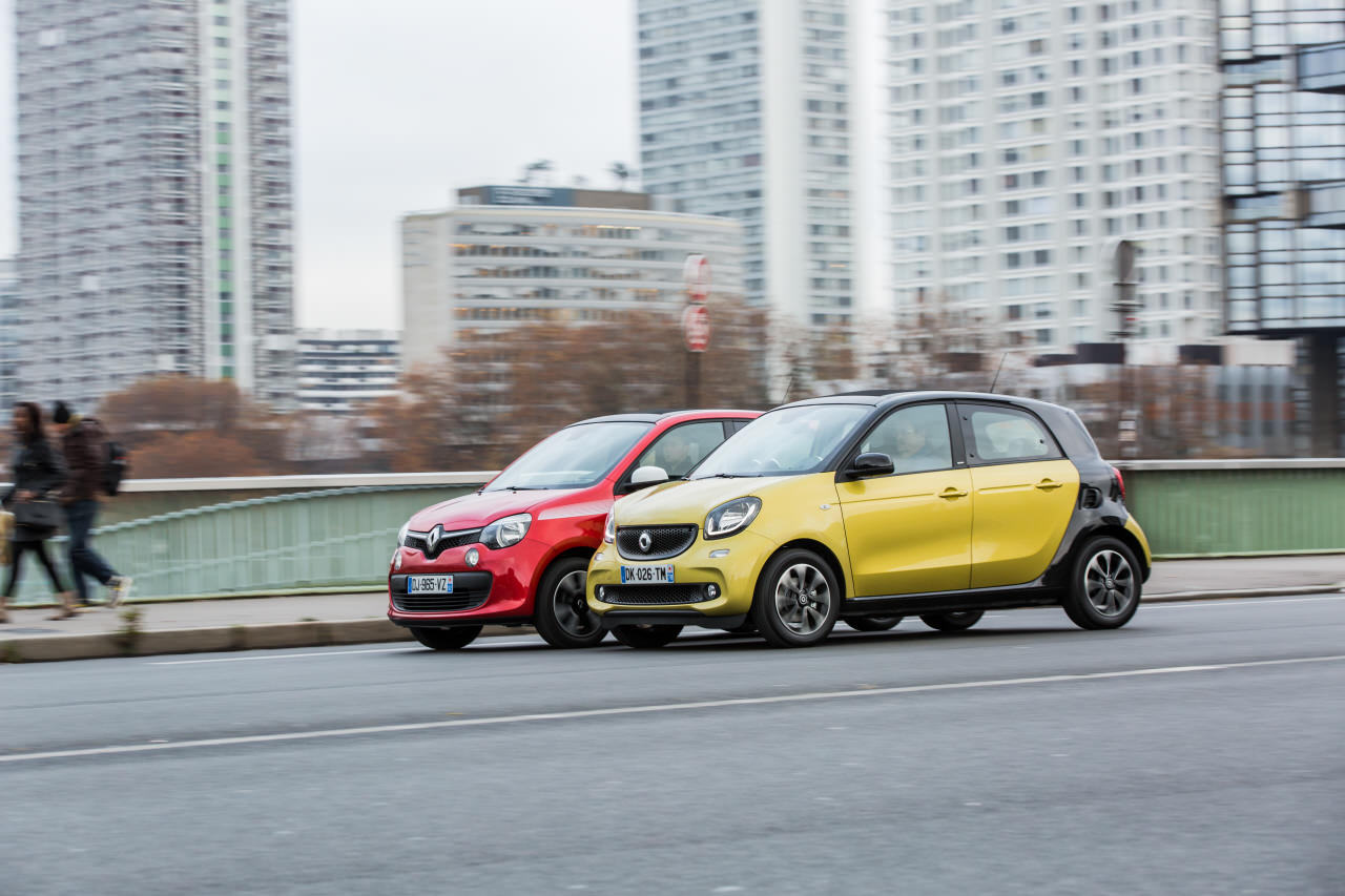 essai comparatif smart forfour ii vs renault twingo iii photo 13 l 39 argus. Black Bedroom Furniture Sets. Home Design Ideas