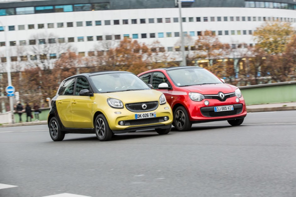 essai comparatif smart forfour ii vs renault twingo iii. Black Bedroom Furniture Sets. Home Design Ideas