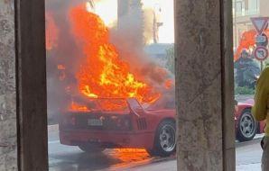 Ferrari F40 Feu Incendie Monaco