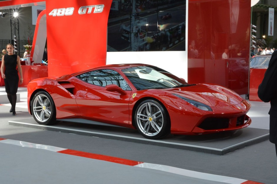 ferrari 488 gtb premi re fran aise l 39 occasion du tour auto 2015 photo 26 l 39 argus. Black Bedroom Furniture Sets. Home Design Ideas