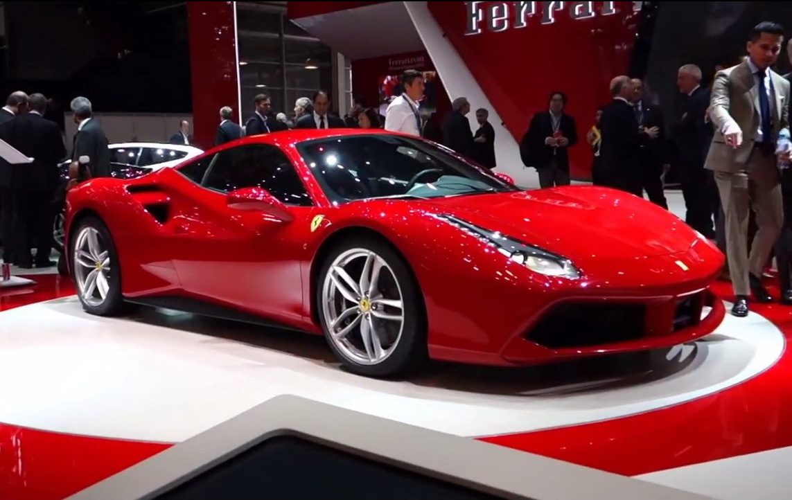 gen ve 2015 vid o de la nouvelle ferrari 488 gtb photo 1 l 39 argus. Black Bedroom Furniture Sets. Home Design Ideas