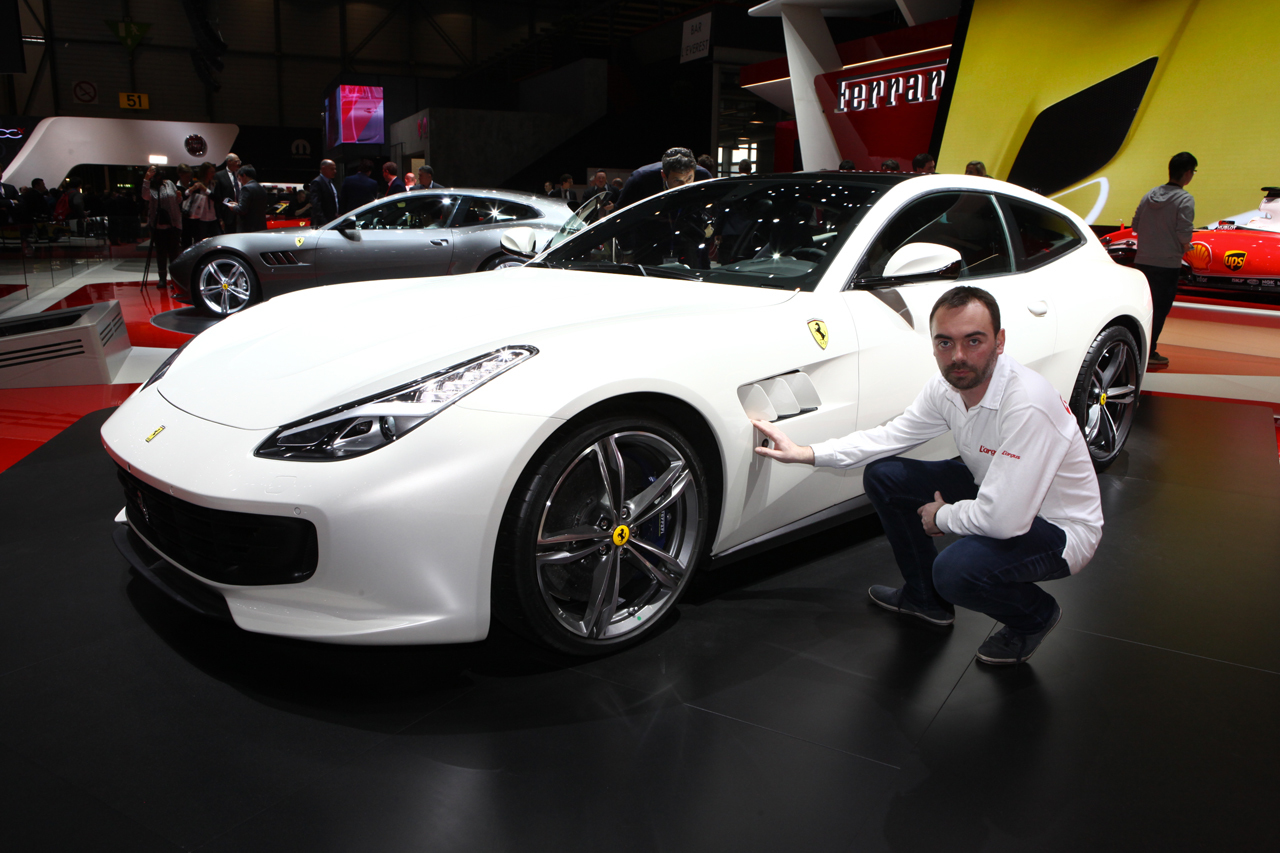 la nouvelle ferrari gtc4lusso fait son show au salon de gen ve 2016 l 39 argus. Black Bedroom Furniture Sets. Home Design Ideas