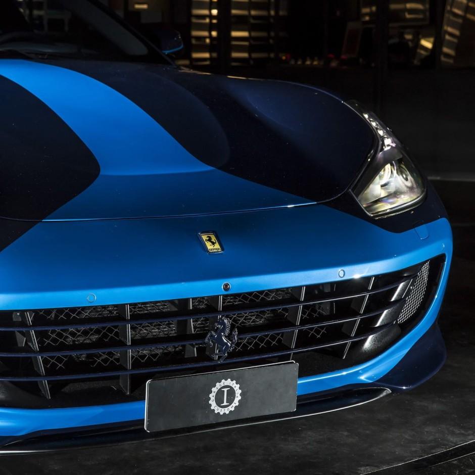 ferrari gtc4lusso azzurra un mod le unique par garage italia photo 6 l 39 argus. Black Bedroom Furniture Sets. Home Design Ideas