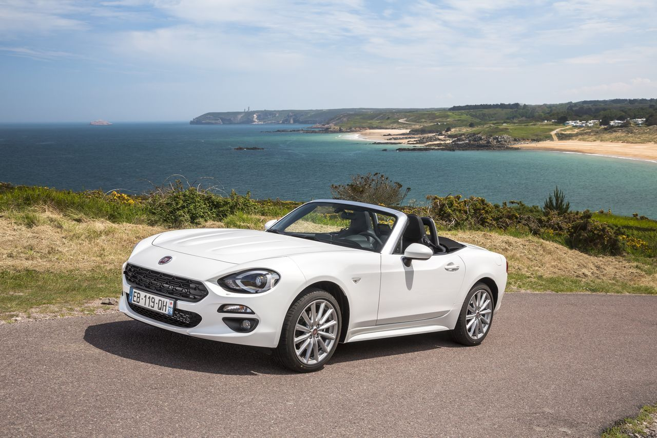 essai fiat 124 spider 2016 la dolce vita photo 34 l 39 argus. Black Bedroom Furniture Sets. Home Design Ideas