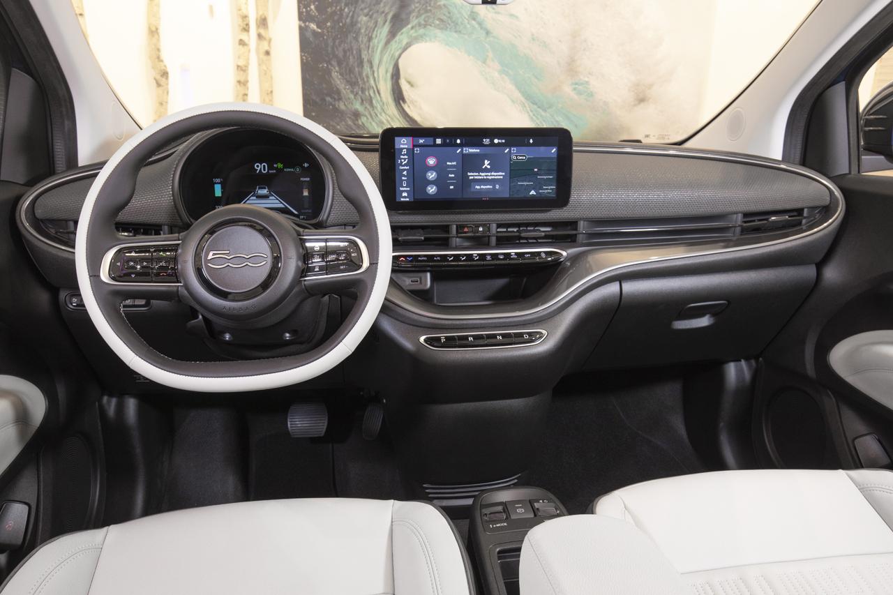 2020 - [Fiat] 500 e - Page 25 Fiat-500-2020-tdb