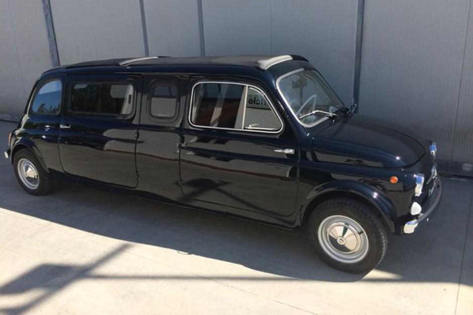 une fiat 500 limousine vendre aux ench res photo 2 l 39 argus. Black Bedroom Furniture Sets. Home Design Ideas