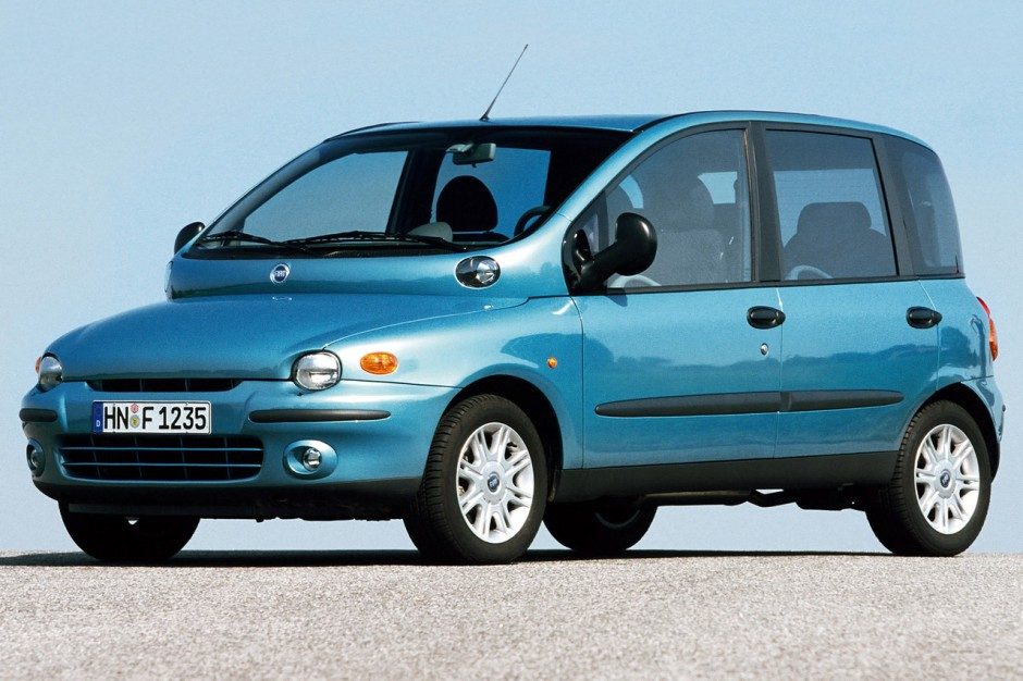 vid o un tour du n rburgring en fiat multipla photo 2 l 39 argus. Black Bedroom Furniture Sets. Home Design Ideas