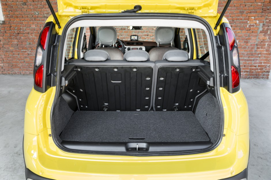 essai fiat panda cross la panda 4x4 qui grimpe aux arbres photo 69 l 39 argus. Black Bedroom Furniture Sets. Home Design Ideas
