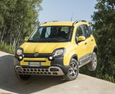 Fiat Panda Cross 4x4 jaune