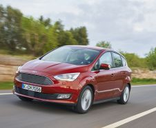 3/4 avant du Ford C-Max restyl� (2015)
