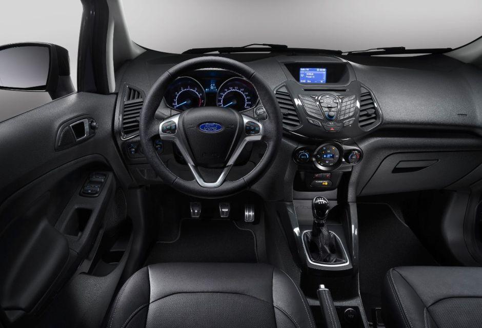 Ford EcoSport S (2015) : nouvelle version au look sport ...