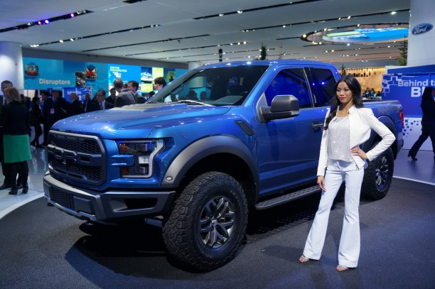 ford f 150 raptor 2015 en direct de detroit largus