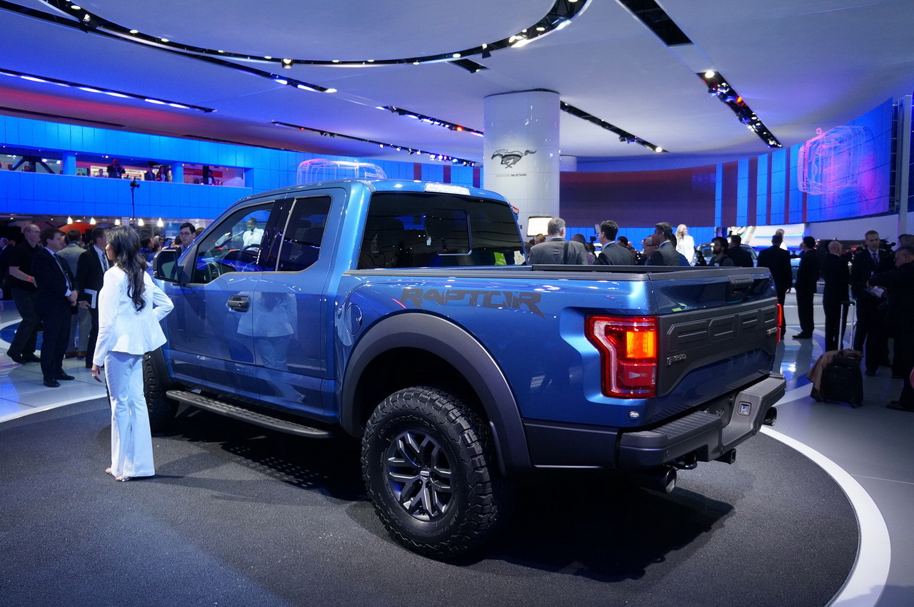 ford f 150 raptor 2015 en direct de detroit photo 7 l 39 argus. Black Bedroom Furniture Sets. Home Design Ideas