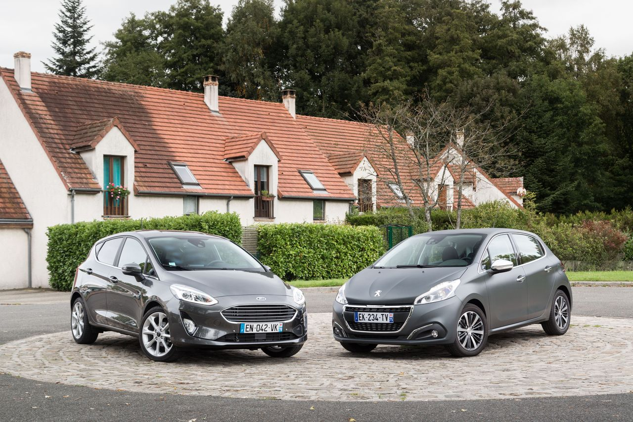 essai comparatif la ford fiesta d fie la peugeot 208 photo 5 l 39 argus. Black Bedroom Furniture Sets. Home Design Ideas