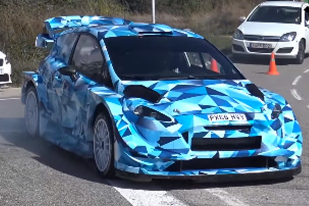 nouvelle ford fiesta 2017 la version wrc camoufl e pour commencer l 39 argus. Black Bedroom Furniture Sets. Home Design Ideas