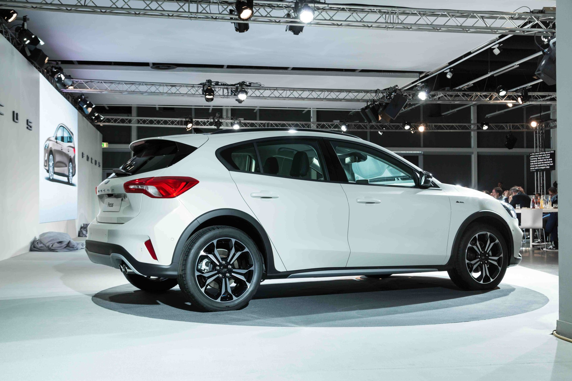 Ford Focus 4 2018 A Bord De La Nouvelle Focus En Vid 233 O Photo 27 L Argus