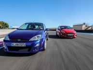 Ford Focus RS MKI vs Ford Fiesta ST : c'était mieux avant ?