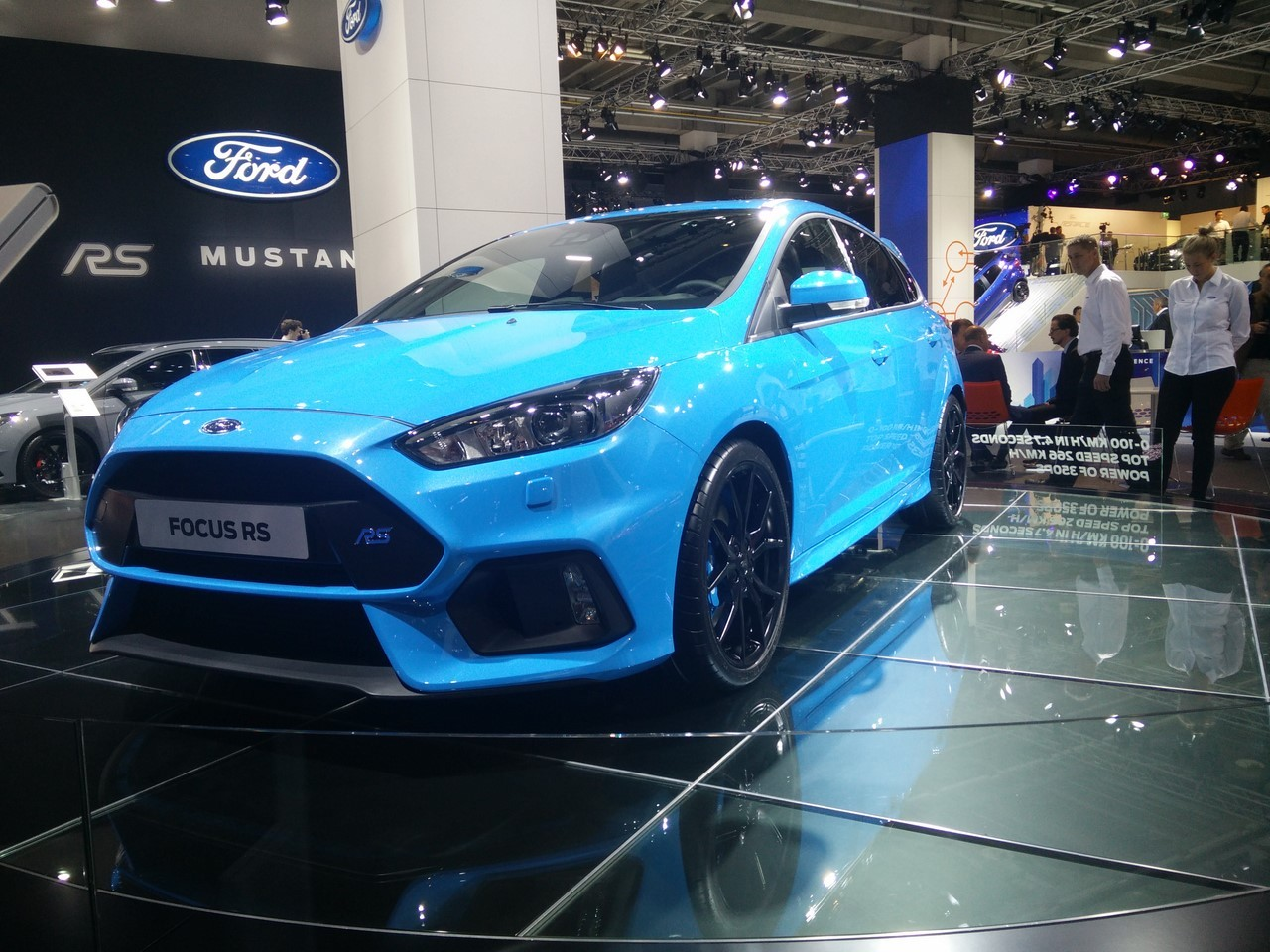prix ford focus rs 2016 38 600 euros la nouvelle focus rs photo 2 l 39 argus. Black Bedroom Furniture Sets. Home Design Ideas