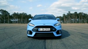 Ford Focus RS 2016 bleu Nitrous face avant