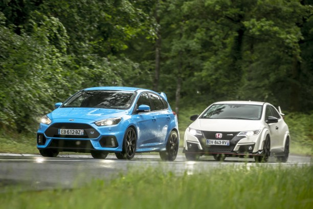 essai comparatif focus rs vs civic type r le match des super gti l 39 argus. Black Bedroom Furniture Sets. Home Design Ideas