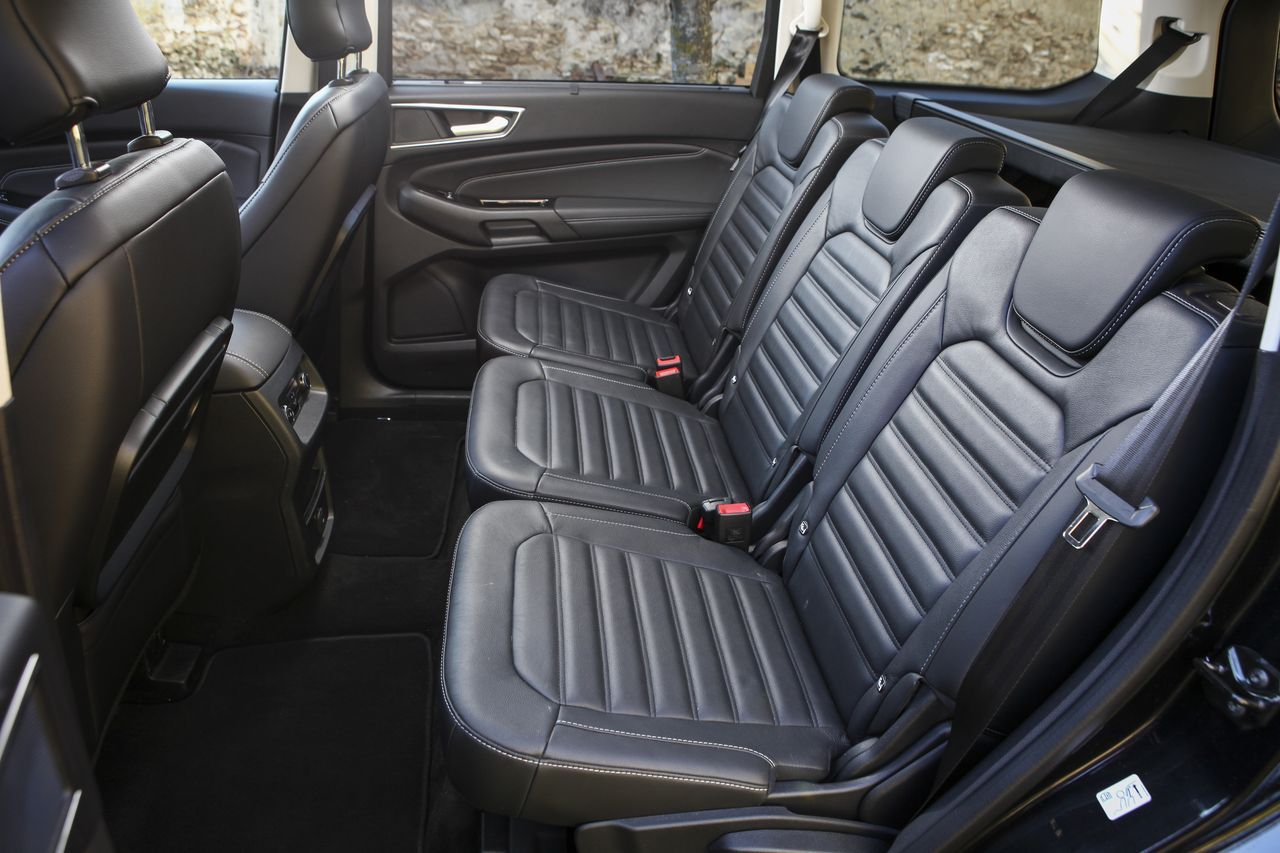 essai ford galaxy 2015 le test du grand monospace ford photo 6 l 39 argus. Black Bedroom Furniture Sets. Home Design Ideas