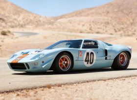 Ford GT 40 Gulf/Mirage Lightweight Racing Car