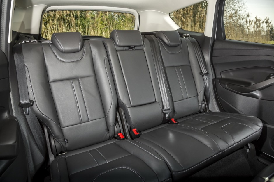 essai ford kuga 2 0 tdci 150 4x4 powershift toujours dans le coup photo 25 l 39 argus. Black Bedroom Furniture Sets. Home Design Ideas