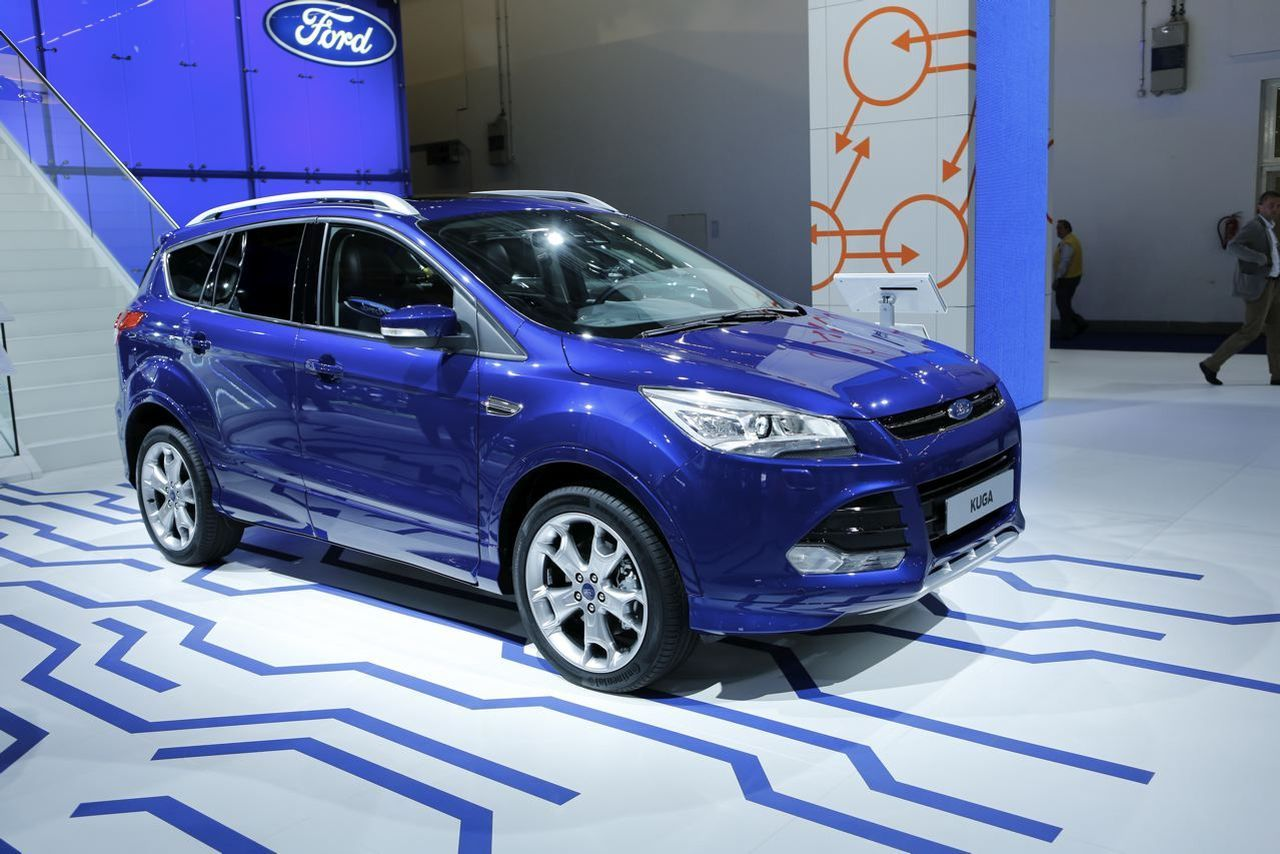 ford kuga 2016 nouveau syst me multim dia sync 2 photo 2 l 39 argus. Black Bedroom Furniture Sets. Home Design Ideas