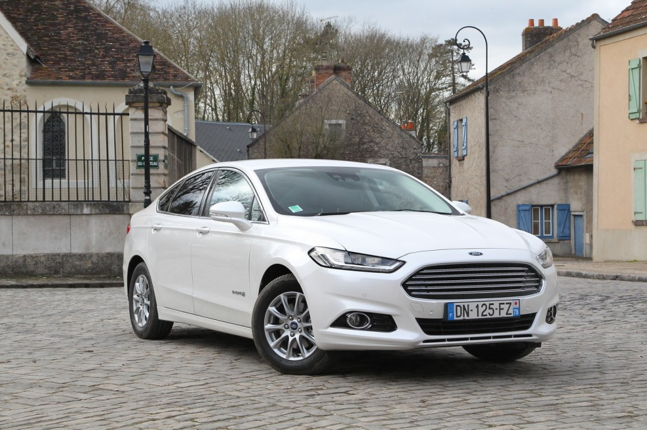 essai ford mondeo hybrid l 39 anti diesel photo 32 l 39 argus. Black Bedroom Furniture Sets. Home Design Ideas