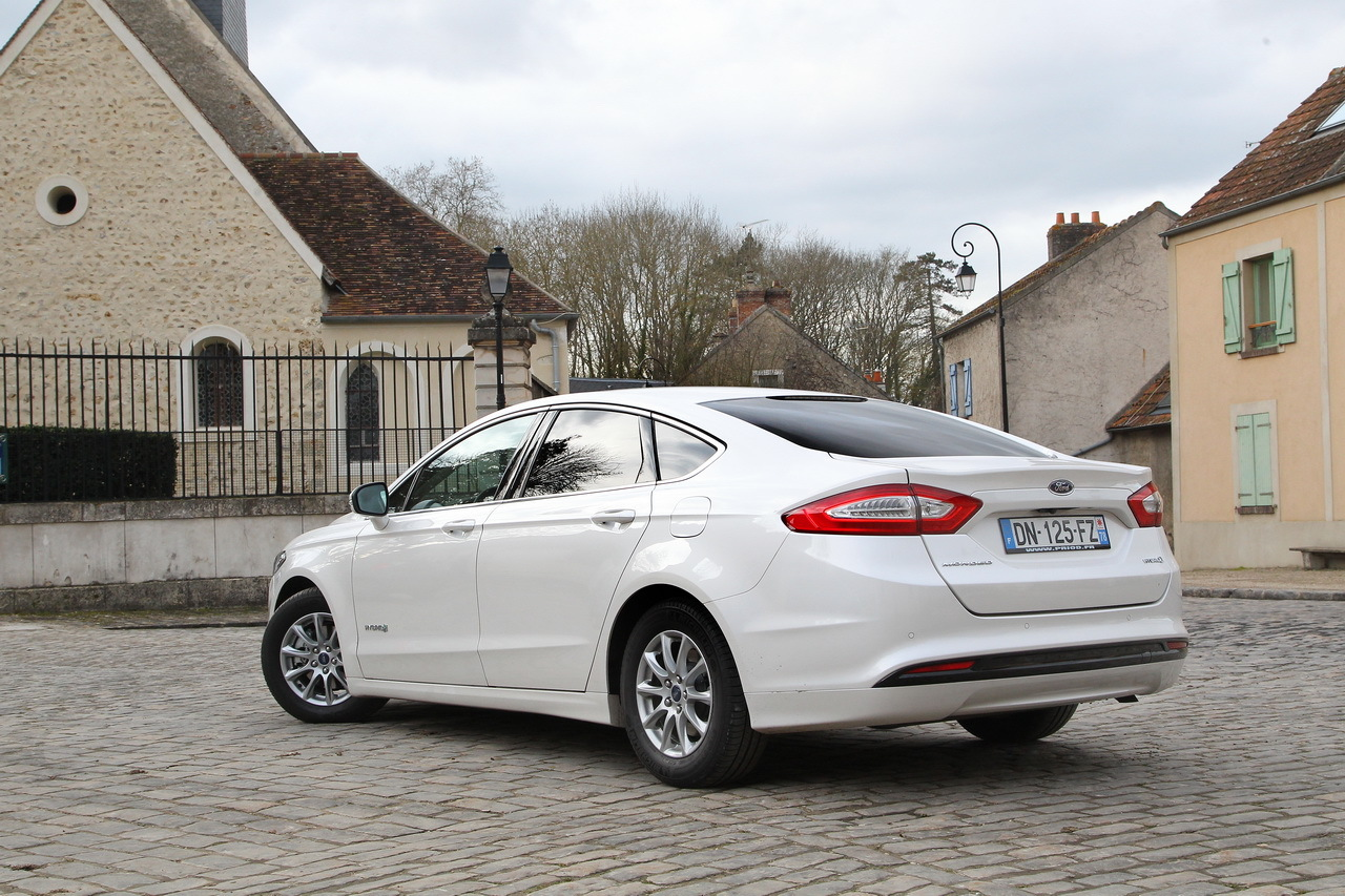 essai ford mondeo hybrid l 39 anti diesel photo 33 l 39 argus. Black Bedroom Furniture Sets. Home Design Ideas