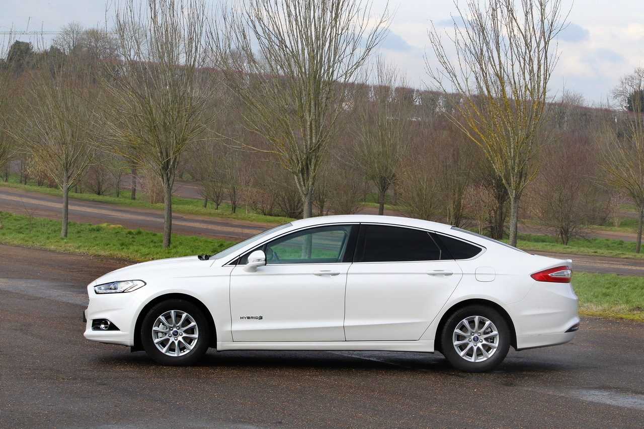 essai ford mondeo hybrid l 39 anti diesel photo 36 l 39 argus. Black Bedroom Furniture Sets. Home Design Ideas