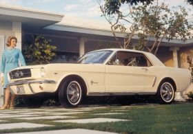 vieille ford mustang vintage