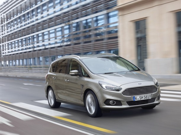 essai ford s max 2015 il pla t alors pourquoi changer l 39 argus. Black Bedroom Furniture Sets. Home Design Ideas