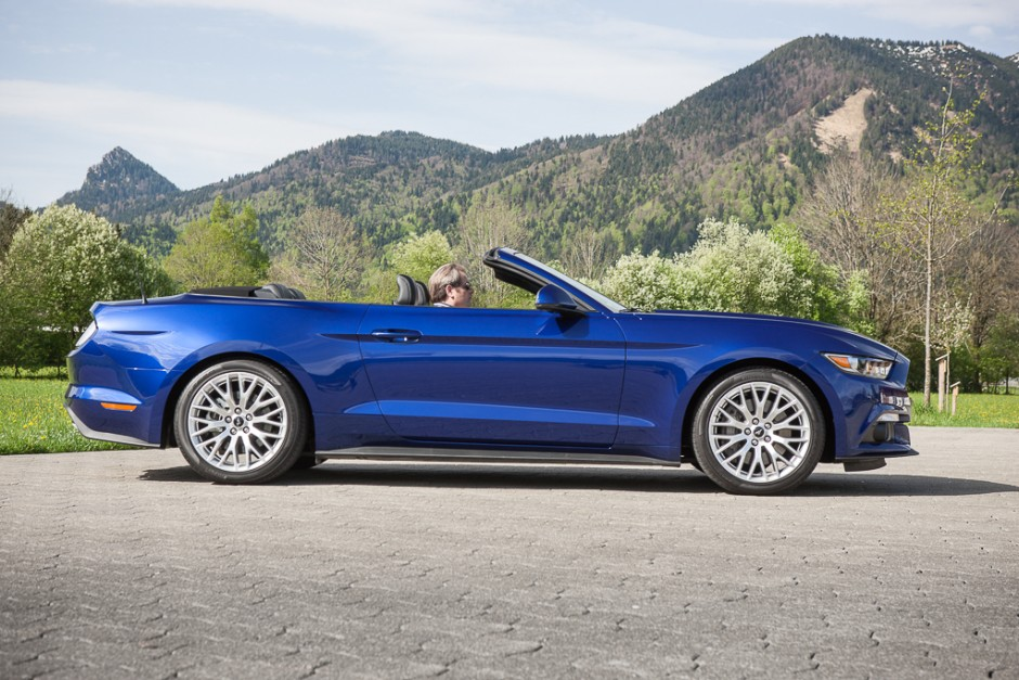 essai ford mustang cabriolet 2015 le test avec le moteur ecoboost photo 9 l 39 argus. Black Bedroom Furniture Sets. Home Design Ideas
