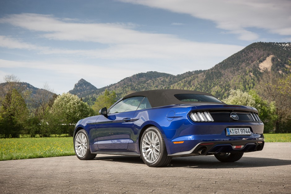 essai ford mustang cabriolet 2015 le test avec le moteur ecoboost photo 16 l 39 argus. Black Bedroom Furniture Sets. Home Design Ideas