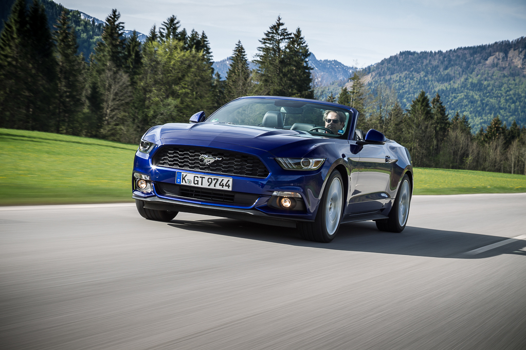 essai ford mustang cabriolet 2015 le test avec le moteur ecoboost l 39 argus. Black Bedroom Furniture Sets. Home Design Ideas