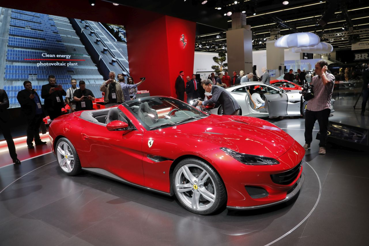 la ferrari portofino fait le spectacle au salon de francfort 2017 photo 1 l 39 argus. Black Bedroom Furniture Sets. Home Design Ideas