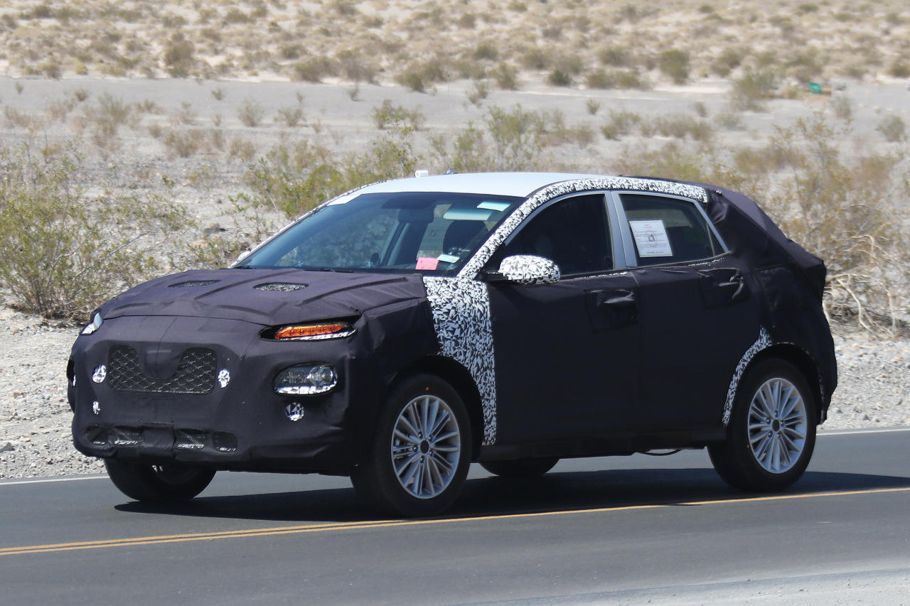 kia rio suv 2017 premiers spyshots du captur de kia l 39 argus. Black Bedroom Furniture Sets. Home Design Ideas