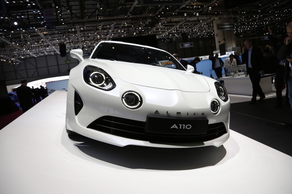 la nouvelle alpine a110 face aux porsche cayman et alfa romeo 4c photo 3 l 39 argus. Black Bedroom Furniture Sets. Home Design Ideas