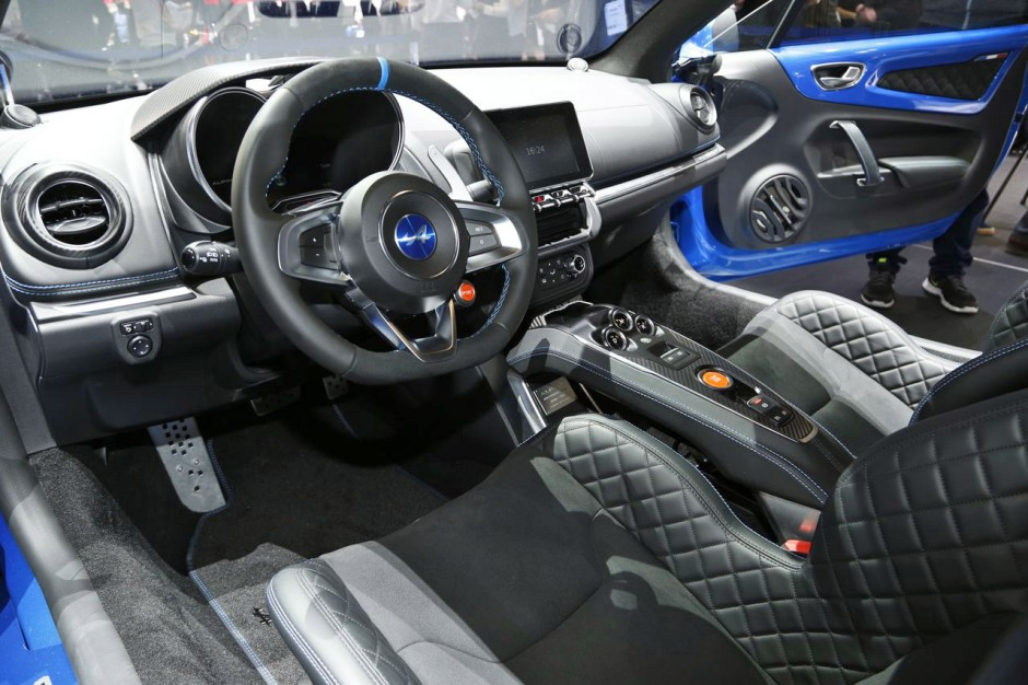 la nouvelle alpine a110 face aux porsche cayman et alfa romeo 4c photo 26 l 39 argus. Black Bedroom Furniture Sets. Home Design Ideas
