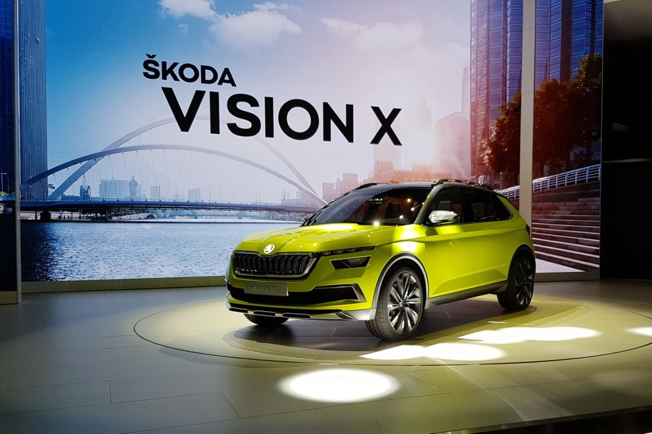skoda vision x le suv urbain hybride au salon de gen ve 2018 photo 1 l 39 argus. Black Bedroom Furniture Sets. Home Design Ideas