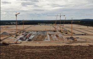 La Gigafactory allemande de Tesla produira moins que prévu