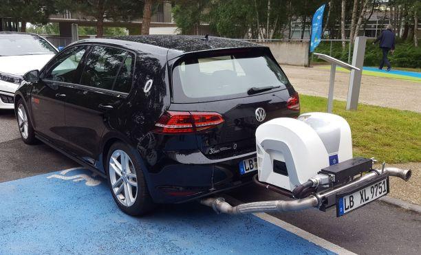 """Résultat de recherche d'images pour """"automobile, systèmes de dépollution"""""""