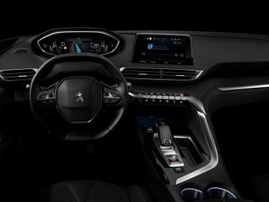 Peugeot 3008 ii 2016 les premiers secrets de la for Peugeot 6008 interieur