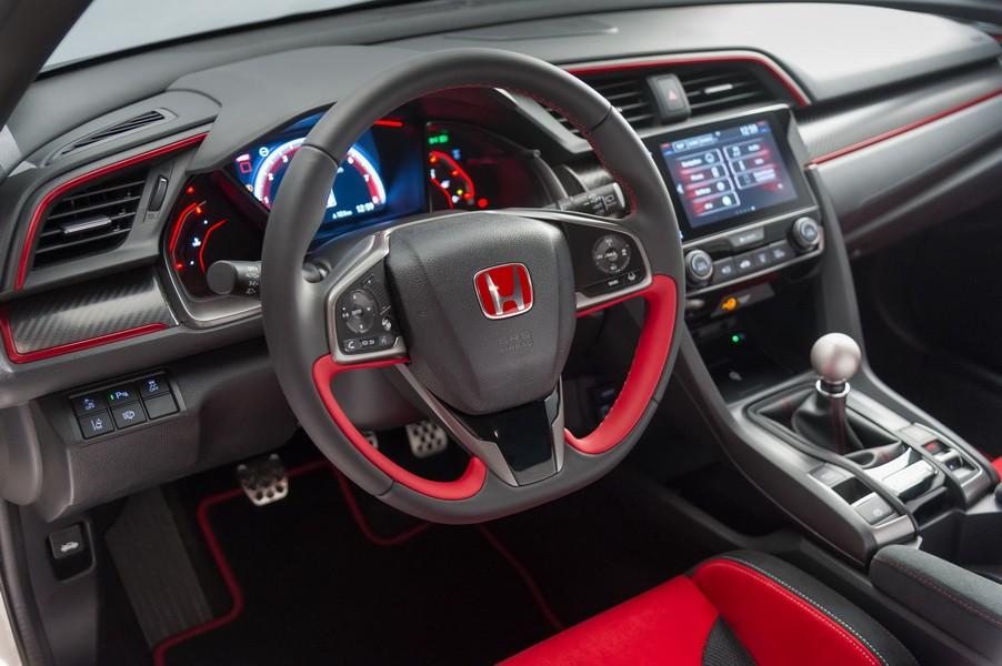 2017 - [Honda] Civic Hatchback [X] - Page 9 Honda-civic-type-r-201717