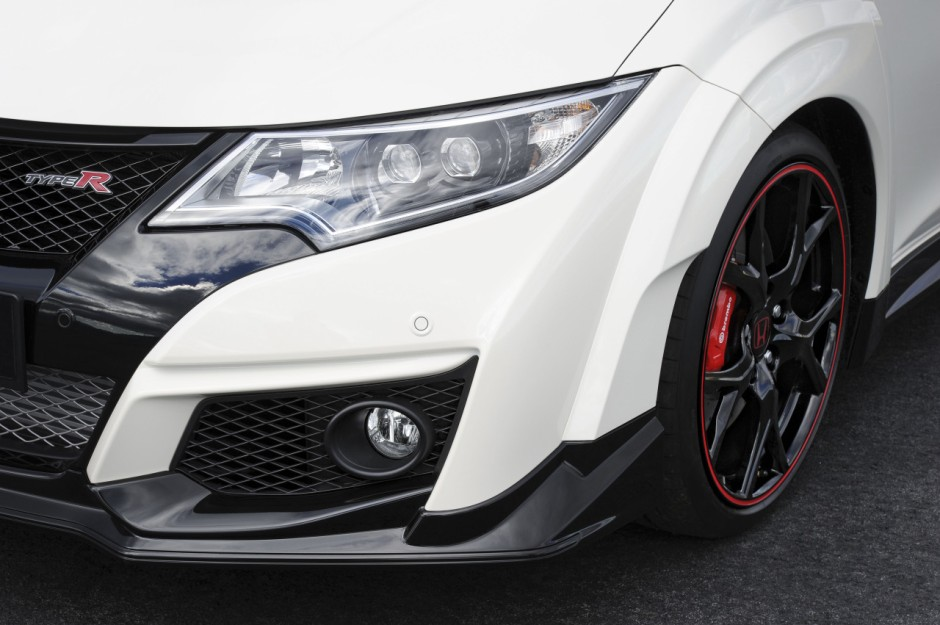 honda civic type r 2015 prix et puissance photo 14 l 39 argus. Black Bedroom Furniture Sets. Home Design Ideas