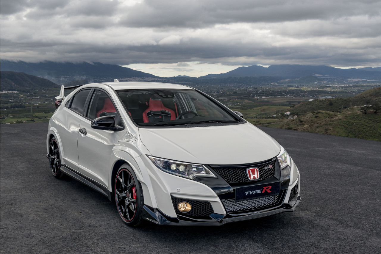honda civic type r 2015 prix et puissance photo 19 l 39 argus. Black Bedroom Furniture Sets. Home Design Ideas