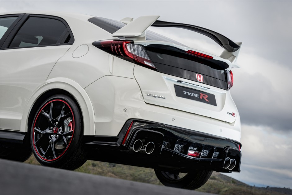 honda civic type r 2015 prix et puissance photo 22 l 39 argus. Black Bedroom Furniture Sets. Home Design Ideas