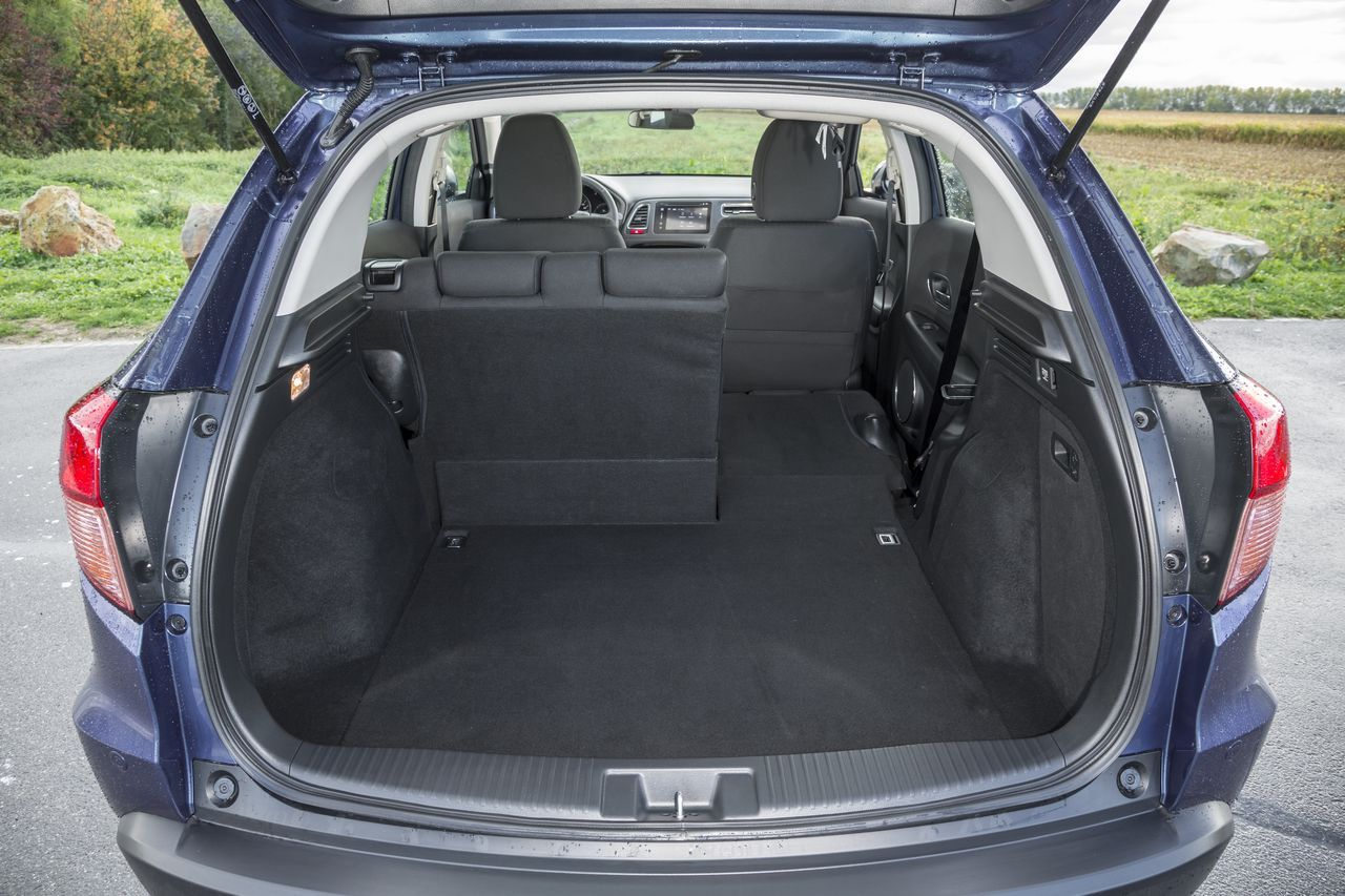 essai comparatif le honda hr v 2015 d fie le peugeot 2008 photo 27 l 39 argus. Black Bedroom Furniture Sets. Home Design Ideas
